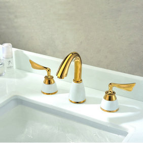 Classic Antique Brass Widespread Bathroom Sink Faucet T0452G