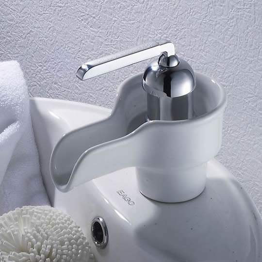 Waterfall Bathroom Sink Faucet with Ceramic Spout T0538