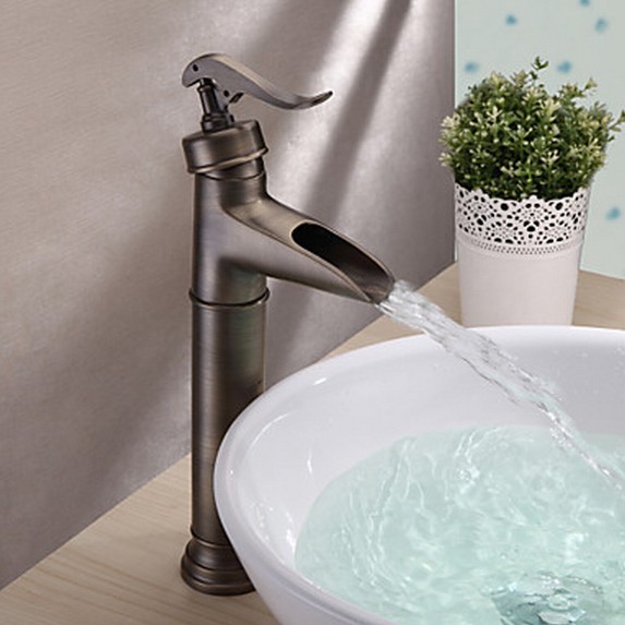 Centerset Antique Brass Finish Single Handle Ceramic Valve Bathroom Sink Faucet T0599BH