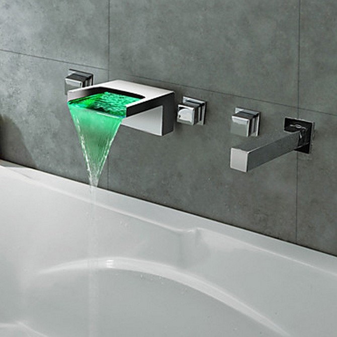 Thermochromic Chrome Finish LED Waterfall Bathroom Tub Faucet T8042