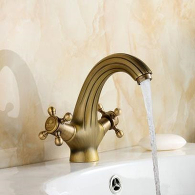 Antique Centerset Brass Bathroom Sink Faucet T0401A