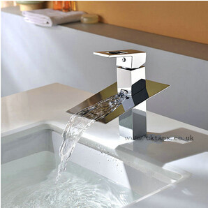 Contemporary Waterfall Chrome Single Handle Bathroom Sink Faucet T8003M